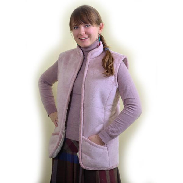 жилет меховой  приталенный с велюровым верхом жилеты меховые 330 (лиловый)