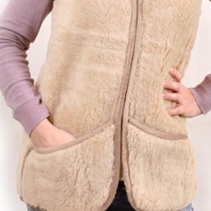жилет меховой двухстороний с карманами жилеты меховые 121 (бежевый) фото